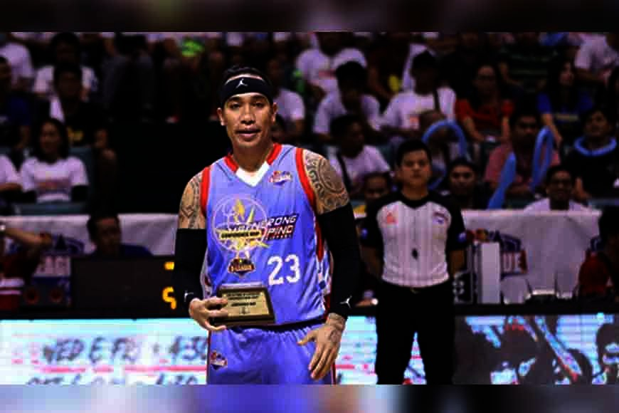 TAGOLOAN. Eloy Poligrates joins Jeff Viernes as ex PBA pros to win an MVP award in the developmental league. (PBA D-League Images)