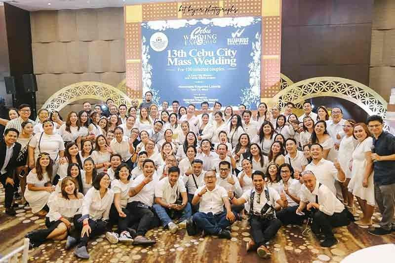 VOLUNTEERS. More than 100 wedding suppliers and performers help the 13th edition of the Cebu City Government's mass wedding on Oct. 4, 2019. (Contributed Photo / Kit Bajar Bakarashi   )