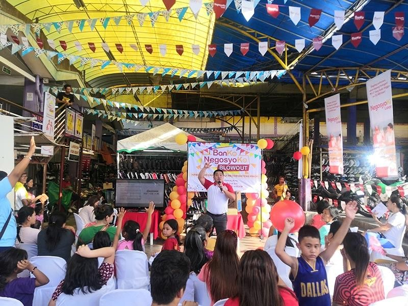 DAVAO. BPI Direct BanKo's head of Microfinance Loan Rodolfo Mabiasen Jr. conducted financial resiliency training to Dabawenyo self-employed, micro entrepreneurs at Bankerohan Public Market on October 22, 2019. (Ace Perez)
