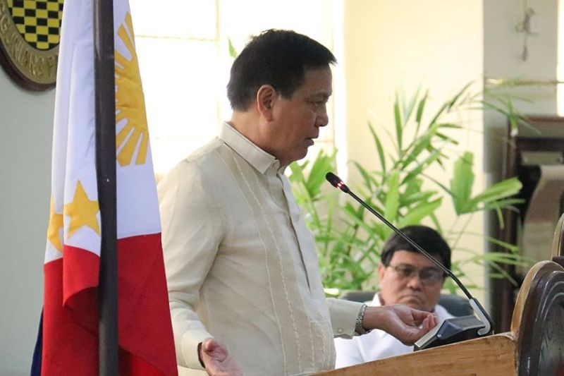 NOT OUT OF THE PICTURE. Although Cebu City Vice Mayor Michael Rama (left) is no longer Sinulog foundation chairman, he is still a member of the board. His resignation shocked and saddened Mayor Edgardo Labella (right). (SunStar file)