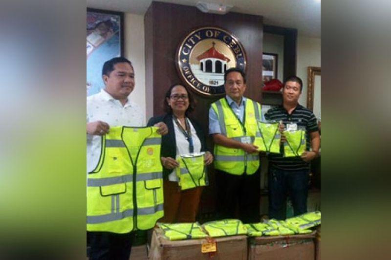 Reflectorized vest (File photo / SunStar Cebu)