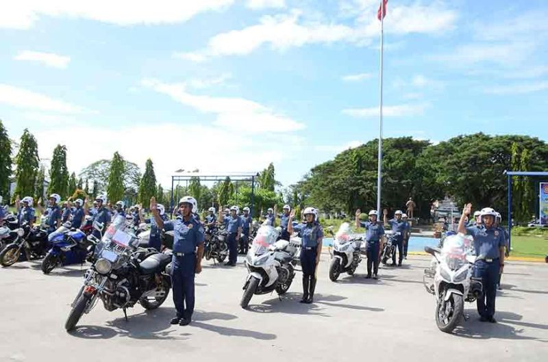 PAMPANGA. Officers from Police Regional Office-Central Luzon take their oath after completing the motorcycle riding course. (PR)