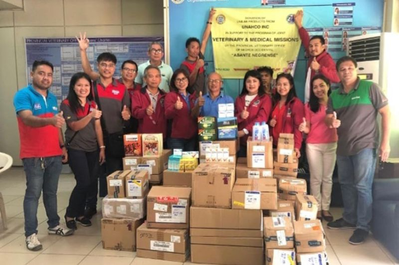 Provincial Veterinary Office personnel receive P500,000 worth of human medicine and nutritional products from the Univet Nutrition and Animal Healthcare Company team spearheaded by Dr. Ferdinand Quejadas (third from left) at the PVO in Bacolod City recently. (Contributed photo)