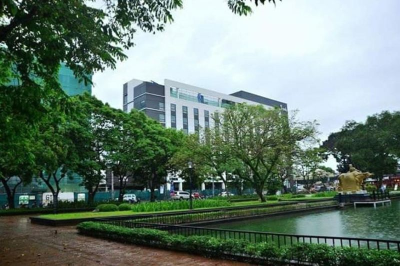 The Provincial Capitol Lagoon that will soon become a free Wi-Fi access zone along with the entire Capitol Building in Bacolod City. (File photo)