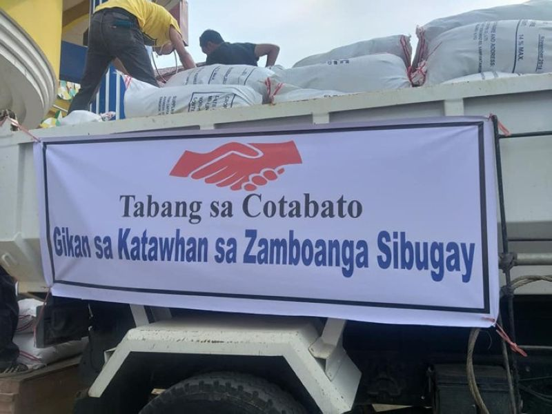 ZAMBOANGA. Zamboanga Sibugay provincial government employees load into trucks sacks of relief goods for victims of tremor in North Cotabato. Sibugay Governor Wilter Yap Palma leads the distribution Wednesday, November 6, 2019, of the food packs to the earthquake victims. (Contributed photo)