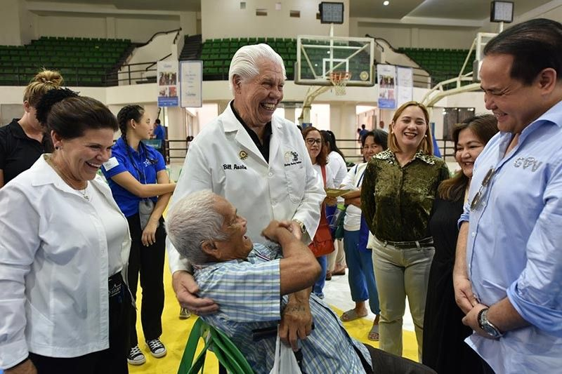 PAMPANGA. Roberto Banawa, 84, shares his overwhelming joy with Starkey Founder Bill Austin and Governor Dennis Pineda as he regains his hearing  after 50 years. (PR)