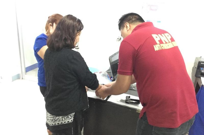 LOOSE LIPS. Two women from Lapu-Lapu City are facing cyber libel charges after insulting their alumni association president in a chat group. (SunStar photo / Benjie Talisic)