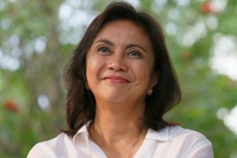 "PDUT'S OFFER SHE DID NOT REFUSE. Vice President Maria Leonor ""Leni"" Robredo accepts the offer of President Rodrigo Duterte to serve the Inter-Agency Committee on Anti-Illegal Drugs as its co-chairperson, saying she wants to end the killings of innocent people. Robredo announced her decision on Wednesday, Nov. 6, 2019. (SunStar file)"