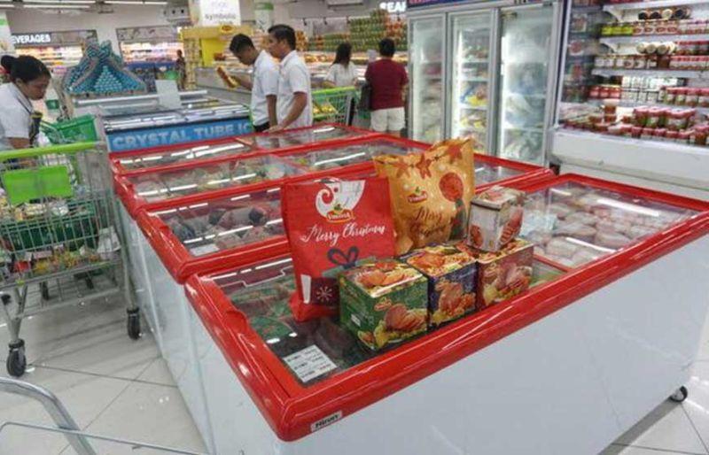 UPAT: Tungod sa ban sa pork or pork related nga mga produkto, upat ra ka suppliers sa ham ang makabaligya sa merkado sa Sugbo. (Alex Badayos)