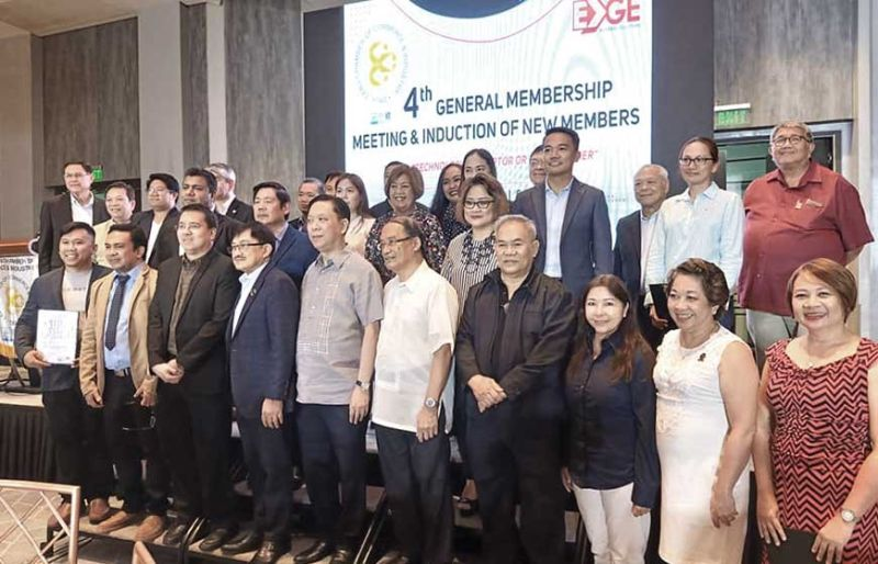 PRESENTATION. The Cebu Chamber of Commerce and Industry Cebu Business Month team 2020 was officially presented at Summit Galleria Hotel. I am glad the younger brood of businessmen will take over the realm of leadership, under president Nonoy Espeleta.