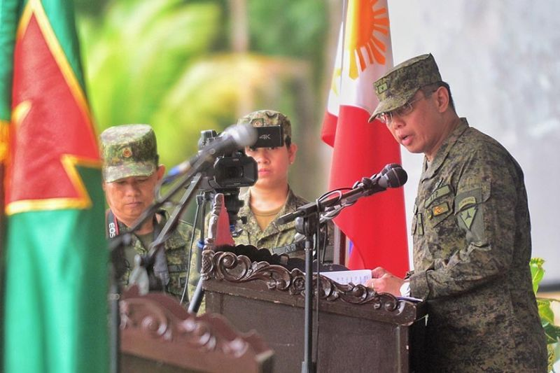CEBU. Brigadier General Eric Vinoya speaks during the turnover of command at 3ID headquarters, Camp Peralta, Jamindan, Capiz. (Leo Solinap)