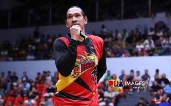CEBU. Cebuano June Mar Fajardo, seen here talking to fans in attendance during their game in Lapu-Lapu last weekend, scored 12 points versus Alab on Monday, November 11, 2019. (Photo courtesy of PBA)