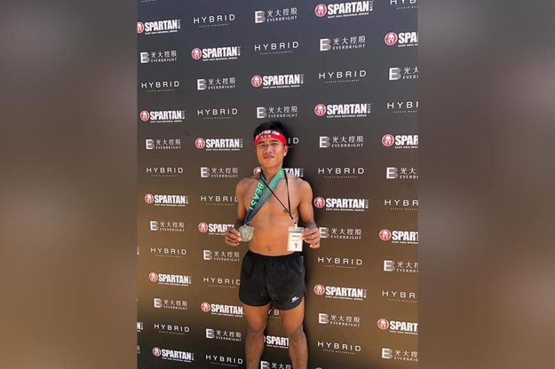 THE BEAST. Elias Tabac of Davao del Norte, who poses with his finisher's medal, tops the Spartan East Asia Regional Series 2019 Hong Kong Beast Elite Division held recently in Hong Kong. (Elias Tabac Facebook)