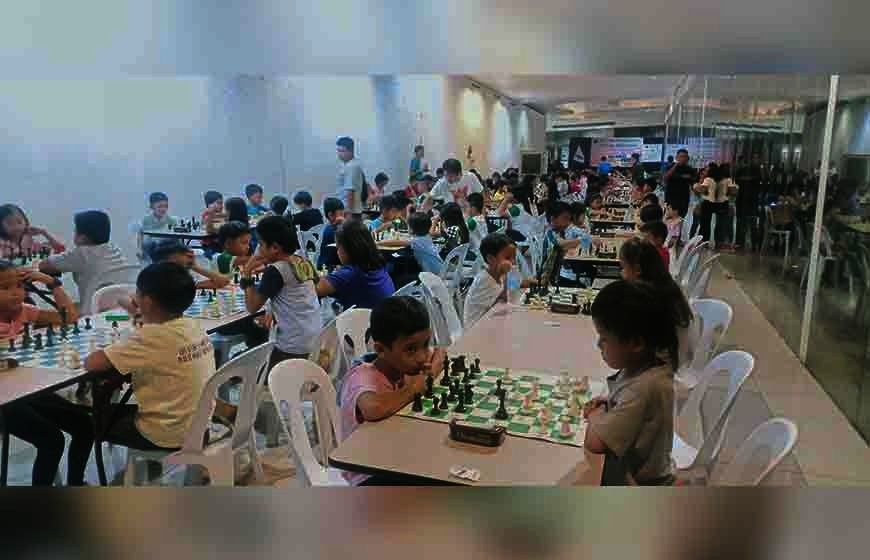 Limketkai Mall becomes reliable venue of inter-school chess tourneys in Cagayan de Oro City. (Lynde Salgados)