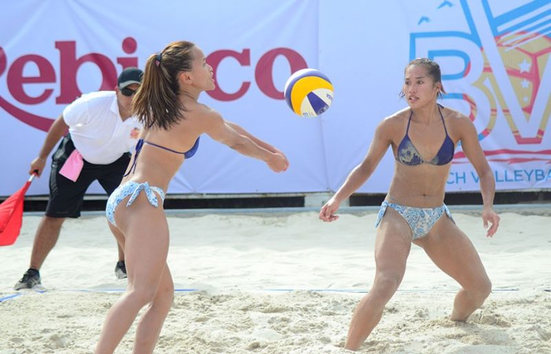 SWEEP. Sisi Rondina and Bernadeth Pons swept their three matches in Pool A in the 2019 Rebisco Beach Volleyball International Open. 