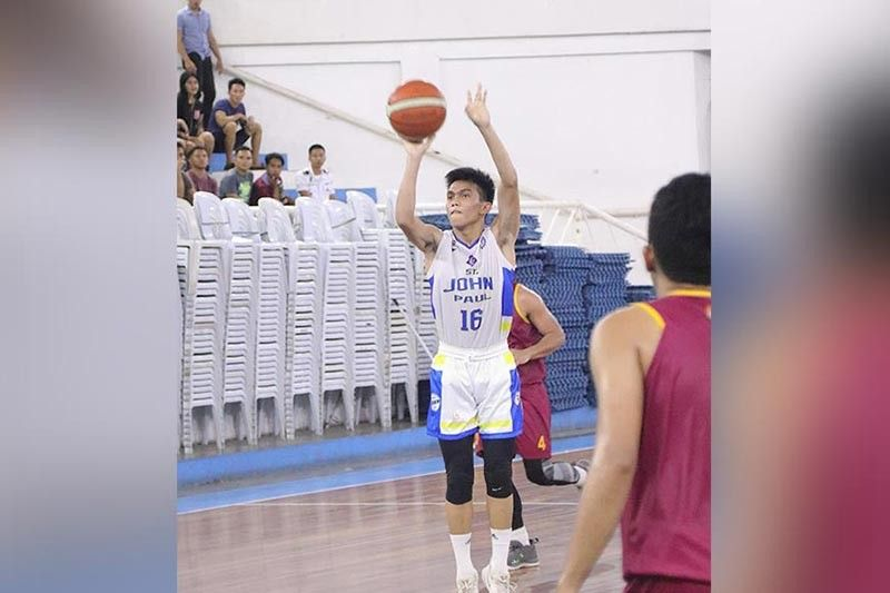 DAVAO. Best player of the game Patrick Salvo of Saint John Paul II College of Davao takes a crucial basket during a 2019 Collegiate Sponsors League (CSL) Escandor Cup game against University of Mindanao (UM) at the Almendras Gym Davao City Recreation Center Friday evening, November 15, 2019. (Collegiate Sponsors League Escandor Cup Facebook)