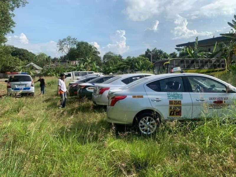 CAGAYAN DE ORO. Ang kolorum nga taxi nga nasapon sa Land Transportation Franchising and Regulatory Board (LTFRB) sa matag-adlaw nga operasyon gipahimutang sa impounding area. (LTFRB-Northern Mindanao)