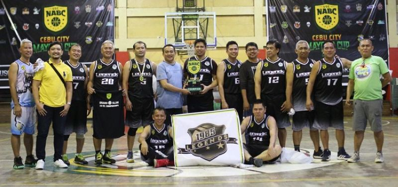 The 1985 Legends captured the Seniors division crown with a dominant win over the 1988 Barako in the finals of the USC North Alumni Basketball Club Cebu City Mayor's Cup at the USC North Campus gym last Sunday, November 17, 2019. (Contributed foto)