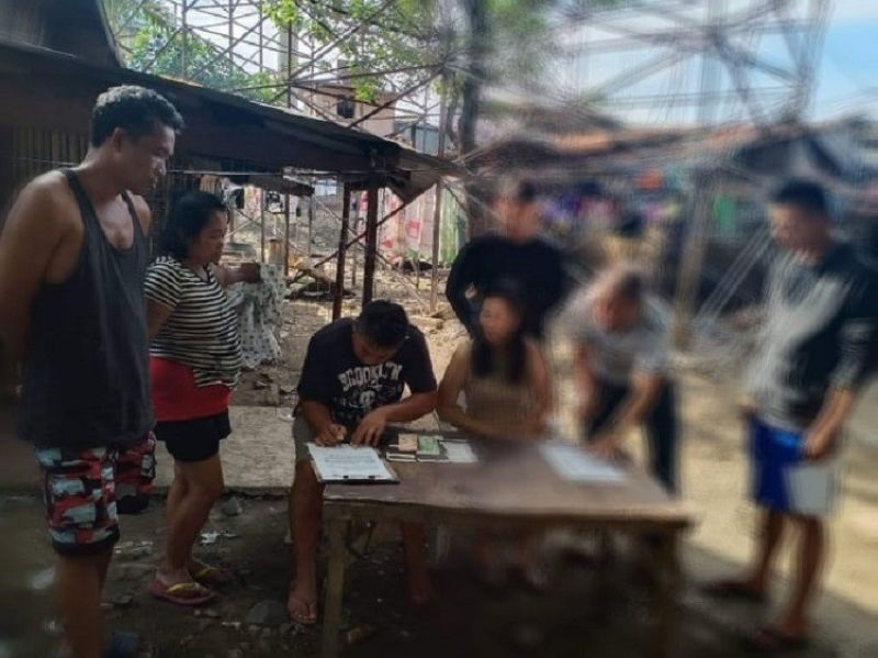 CEBU. Two persons were arrested in a buy-bust operation in Sitio Mananga 2, Barangay Tabunok, Talisay City. (Contributed photo)