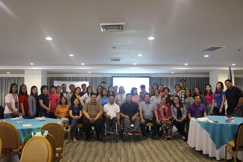 CLARK FREEPORT. Livelihood beneficiaries of the Department of Labor and Employment (Dole) in Central Luzon are joined by Dole officials after their capacity building training on November 18 to 20. (Contributed photo)