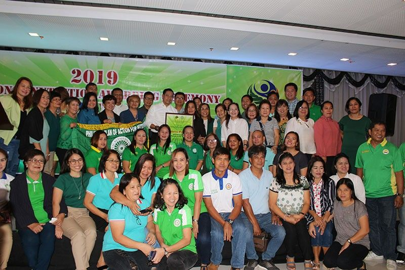 CITY OF SAN FERNANDO. Bulacan was conferred with the Green Banner and Most Outstanding Province in the Region Award during the 2019 Regional Nutrition Awarding Ceremony held in the City of San Fernando, Pampanga. (PIA-Central Luzon)