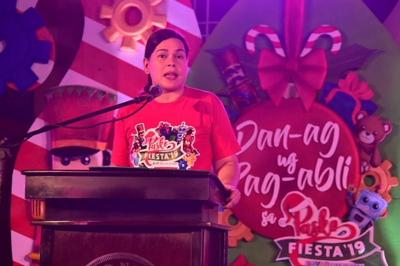 SPIRIT OF CHRISTMAS. Davao City Mayor Sara Duterte-Carpio delivers her message during Friday's Dan-ag ug Pag-abli sa Pasko Fiesta 2019 at the Davao City Hall facade. She underscored that this year's Pasko Fiesta is for the children. (Macky Lim)