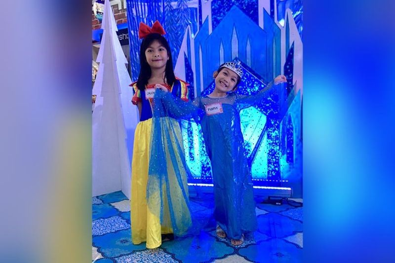 Chloe as Snow White and Purple as Elsa.