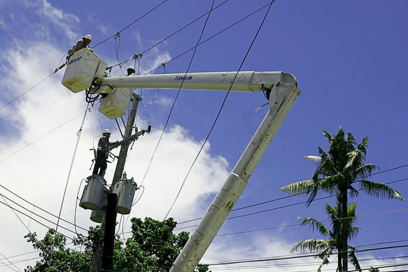 COSTLY POWER. Business leaders in Cebu say the high power costs have remained a top challenge for businesses. (SunStar file)
