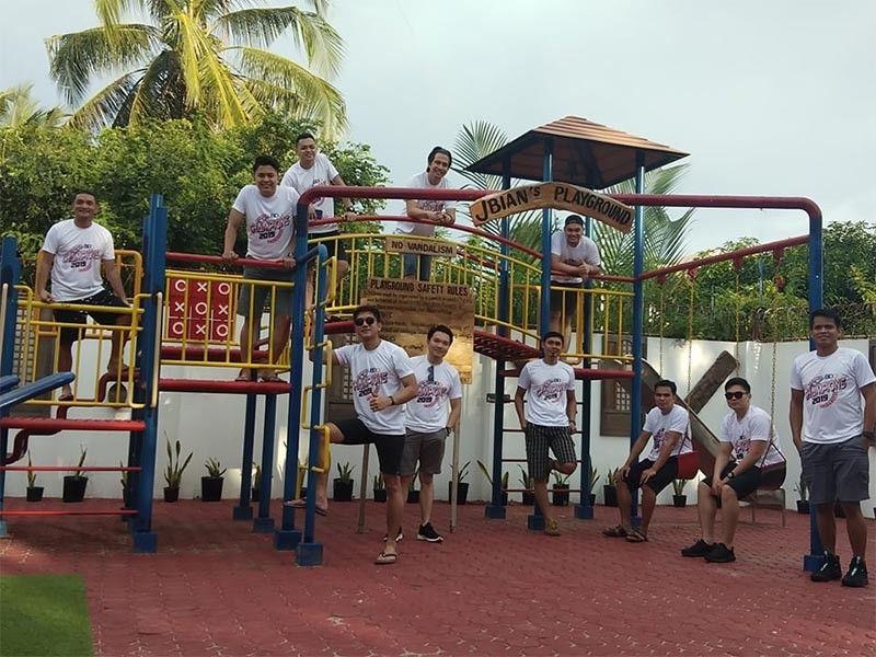 CAGAYAN DE ORO. BDO Cagers having some fun and quite nostalgic in their recent victory celebration at JBian's Beach Garden in Bulua, Cagayan de Oro City. (Supplied Photo)
