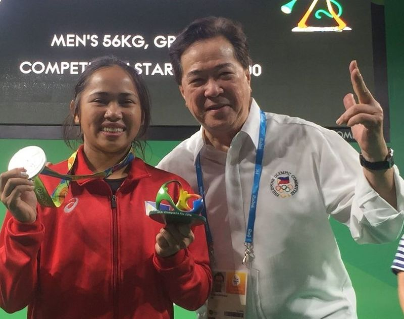 BACOLOD. Filipina top weightlifter Hidilyn Diaz with SWP president Monico Puentevella. (MOP Photo)