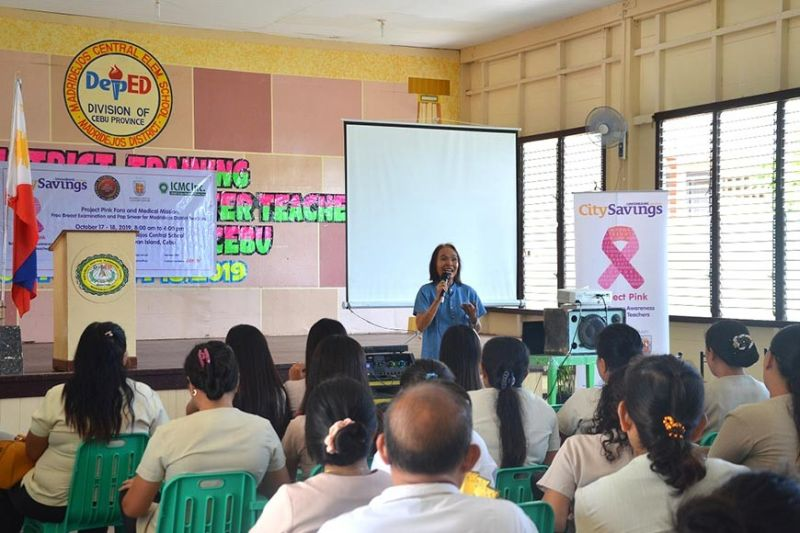 SURVIVOR'S STORY. Breast cancer survivor Edna Magsoling, assistant principal of Bung-aw Elementary School in Bogo City, Cebu, shares her journey with the teachers of Madridejos District in Bantayan Island during a Project Pink forum organized by CitySavings and Ramon Aboitiz Foundation Inc.-Eduardo J. Aboitiz Cancer Center. (Contributed photo)