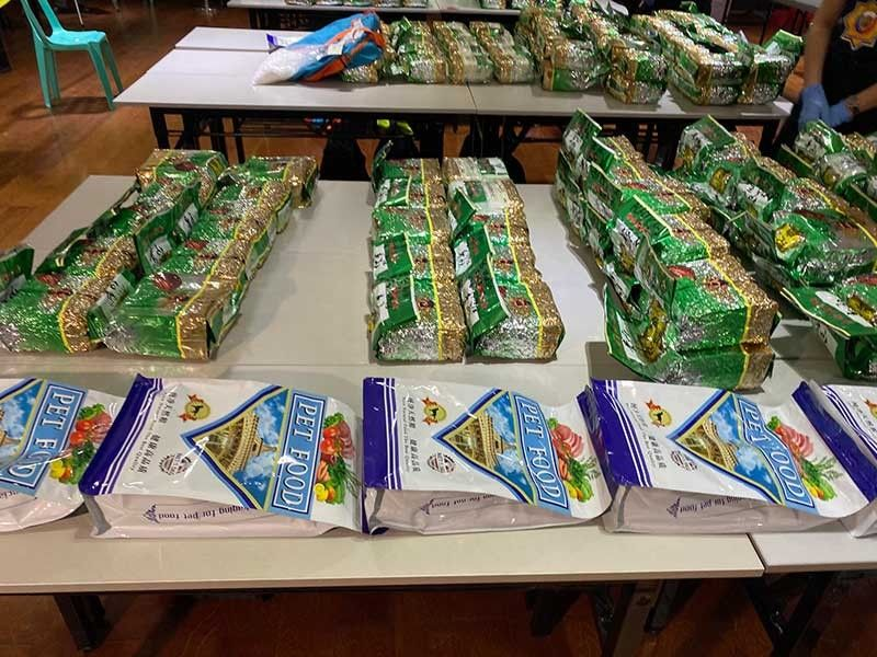 MANILA. Police present the packs of shabu valued at P2.6 billion, considered the biggest drug haul in 2019. (Third Anne Peralta-Malonzo/SunStar Philippines)