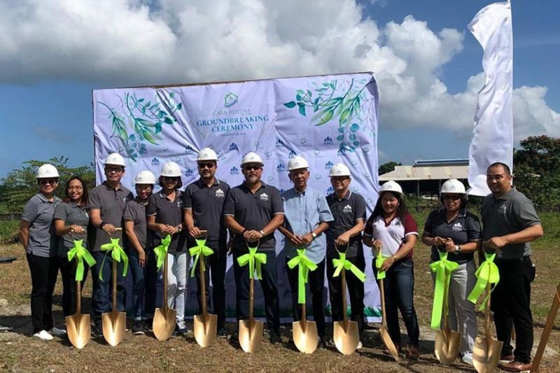 NEGROS. King Properties officials headed by president Jason King (sixth from left) and managing director Raymund King (sixth from right) lead the groundbreaking ceremony of the 5.1-hectare residential project in Barangay Taloc in Bago City Thursday, November 28, 2019. (Jorolyn H. Ginete)