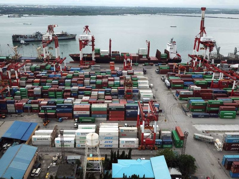 EYEING NEW MARKETS.  Philippine Exporters Confederation Inc. Cebu executive director Fred Escalona says the export industry is now looking into tapping new markets amid the global trade uncertainties. (SUNSTAR FILE)