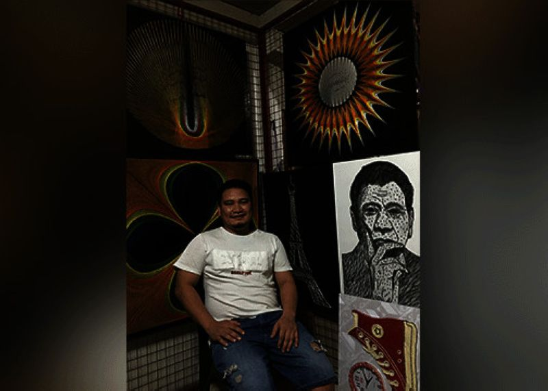 DAVAO. Sandie Padilla of Sandie String Art Design at his house, which doubles as his workshop. (Rob Gumba)