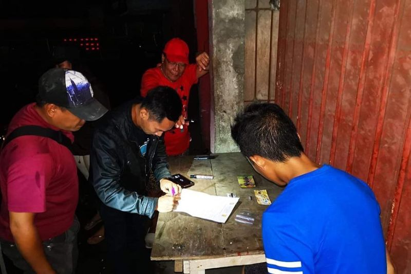 BACOLOD. An estimated P180,000 worth of shabu seized in a drug bust in Purok Langis, Barangay Banago, Bacolod City Sunday, December 1, 2019. (BCPO photo)