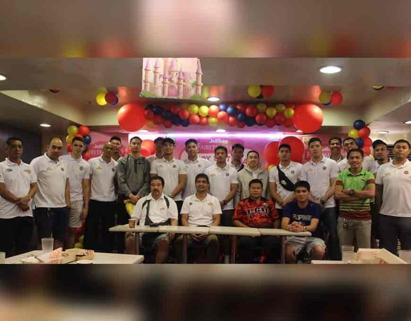 MANILA. The JT Gamolo Hotel de Susana, seen here during the press conference of the 1st Mayor's Cup Invitational Basketball Tournament, is seen as the team to beat in the pocket tournament. (Contributed photo)