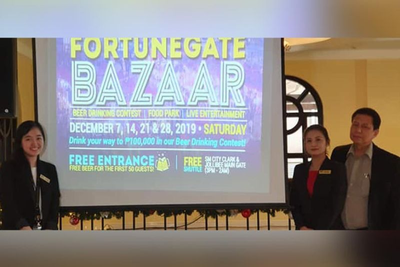 PAMPANGA. (From left) Fortunegate Clark Casino Events and Promotions Assistant Tam Sibal, VIP Assistant Manager Rona Lim and Casino Operations Manager Ed Dacanay presented Monday, December 2, the calendar of events for the Fortunegate Bazaar to be held on December 7, 14, 21 and 28, 2019 at Hotel Stotsenberg Clark Freeport Zone. (Chris Navarro)