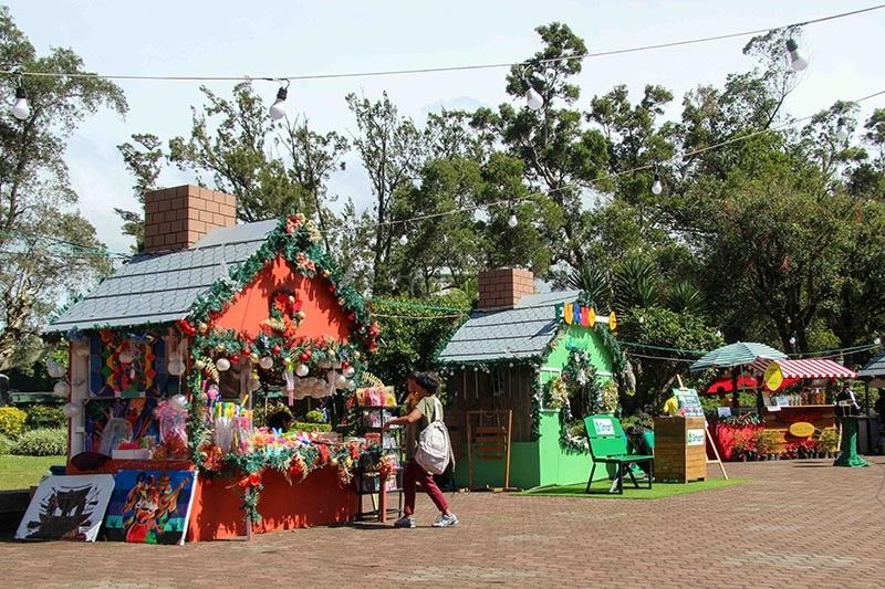 BAGUIO. The 20 chalets at the Rose Garden Burnham Park in Baguio City are allegedly renting from the organizers at P150,000 for 40 days according to Councilor Mylene Yaranon. (Photo by Jean Nicole Cortes)