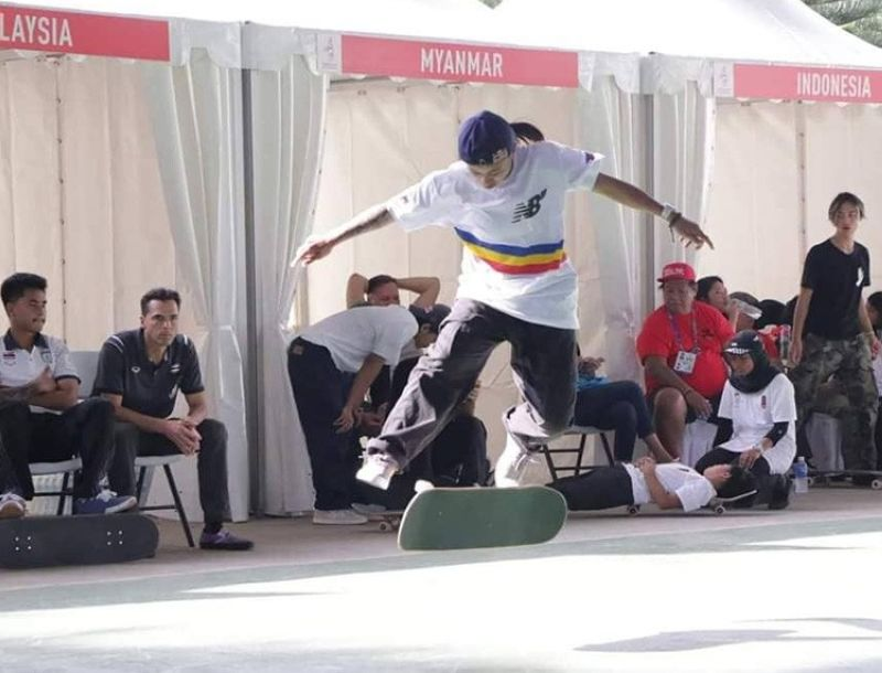 Cebuana skateboarding wunderkind Margielyn Didal achieves her first gold, beating fellow Filipina skateboarder Christiana Means, during the Women's Game of Skate event held at the Sigtuna Hall, Tagaytay International Convention Center. (Foto courtesy of TEAM Philippines SEA Games)