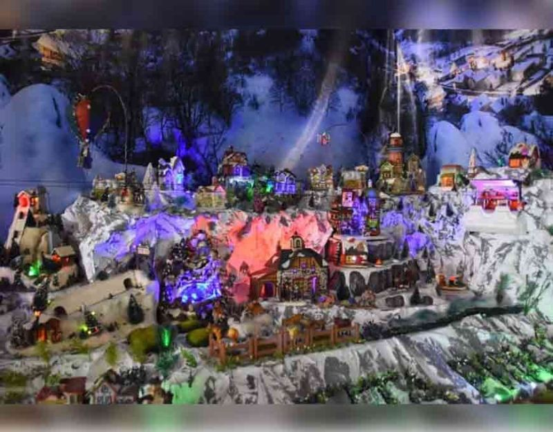 BACOLOD. The Christmas Village at Tita Ping's Restaurant at Hilado Street, Bacolod City, features more than 150 miniature items owned by Esperanza Talento. (Photo by Merlinda A. Pedrosa)
