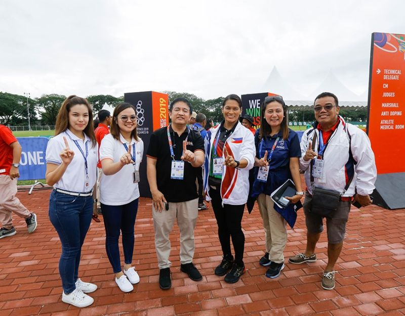 PAMPANGA. Renowned Filipino athlete Elma Muros visited Clark Parade Grounds which is the official venue of Archery and Rugby 7s for the Southeast Asian (SEA) Games 2019. Joining her during her visit were CDC communications manager Noel Tulabut and archery venue manager Myriam Punsalan. (Photo courtesy of CDC-CommDep)
