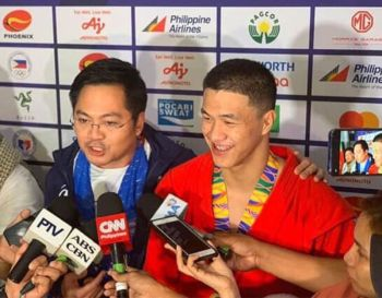 PROUD DABAWENYO. Davao City's Chino Sy Tancontian celebrates his men's 82 kg division gold medal in the 30th Southeast Asian (SEA) Games 2019 sambo competition held Thursday, December 6, at the Angeles University Foundation in Angeles City, Pampanga. (Chino Sy Facebook)