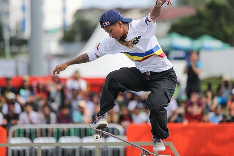 TWO FOR THE COUNT. Cebuana Margielyn Didal ends her first stint in the Southeast Asian Games with two gold medals in skateboarding. (AP photo)