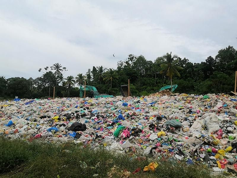 The Island Garden City of Samal in Davao del Norte collects five tons of wastes daily and dumps it in their 12-hectare sanitary landfill. (Ace June Rell Perez)