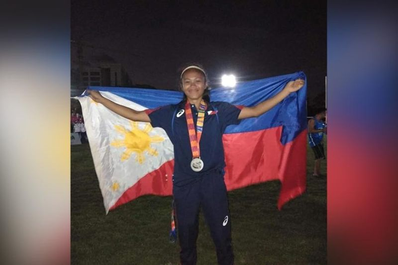 PROUD PINOY. Winning a silver medal with the Philippine Lady Volcanoes makes Southeast Asian (SEA) Games rookie Agot Danton of Davao City proud of being a Filipino. (Contributed photo)