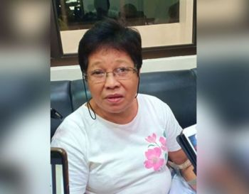 BACOLOD. Cely Recelistino, the mother of a Bacoleña who was killed in Colorado, during an interview at the Provincial Capitol in Bacolod City on Monday, December 9. (SunStar Bacolod)