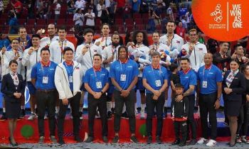 The Gilas Pilipinas receive their gold medals. (Photo courtesy of the 2019 SEA Games Facebook page)