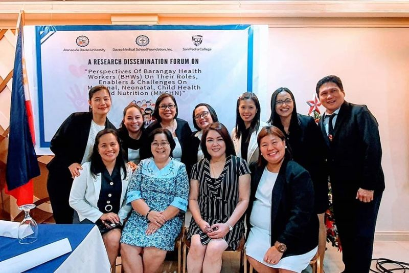 17L-APL1 Collaborative researchers from Ateneo de Davao University, Davao Medical School Foundation, Inc., and San Pedro College. (Photo by Apple G. Alvarez)