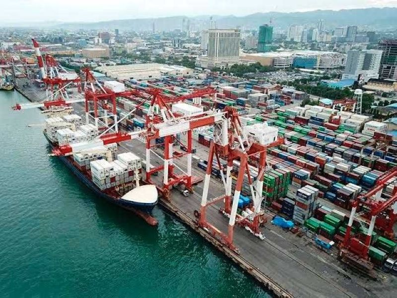PERFORMANCE. The third quarter export growth yields 8.6 percent year-on-year (yoy) increase in services exports, which totaled $11.1 billion for the quarter.  Export goods also supported the growth at 2.4 percent yoy valued at $13.9 billion. (SUNSTAR FILE)